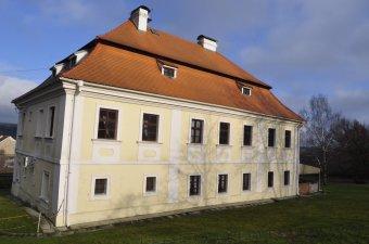 Fara v Bukovci (čp. 1)