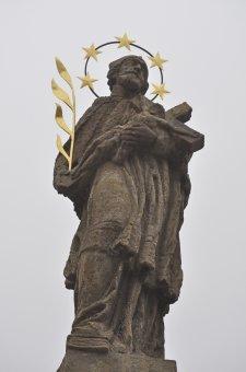 Boží muka, sochy světců a smírčí kříž v Poběžovicích