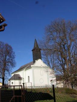 Kostel sv. Filipa a Jakuba v Dlouhé Vsi