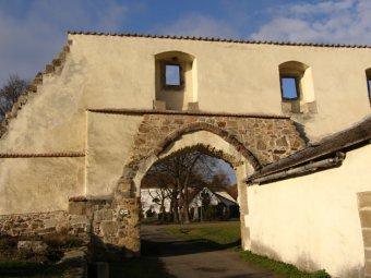 Zaniklý cisterciácký klášter Pomuk