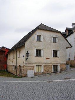 Městské domy v Nepomuku (čp. 3, 30, 73, 179, 185)