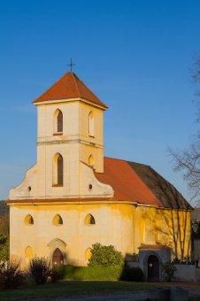 Kostel sv. Jiří v Kostelci