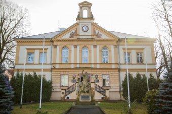 Radnice v Nýřanech (čp. 295)