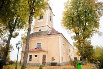 Kostel sv. Petra a Pavla v Milířích