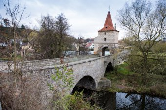 Most s věží ve Stříbře